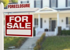 How to Buy a Foreclosed Home in 2020